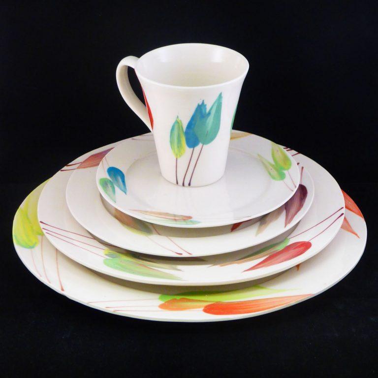 Basalt servies porselein dinerbord ontbijtbord beker Tulp