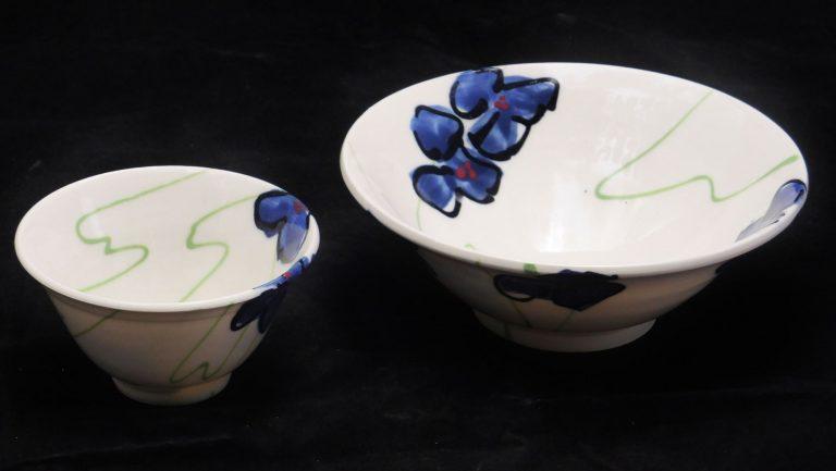 Basalt servies porselein schaaltje en mini bakje Blauwe bloem