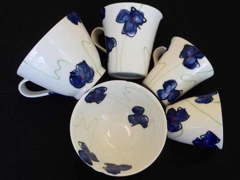 Basalt servies porselein Kop beker mok schaaltje Blauwe bloem