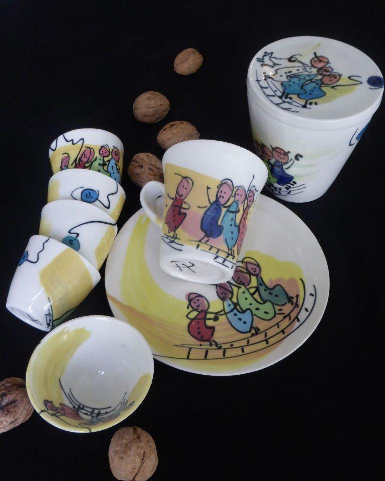 Basalt servies porselein bord mok beker suikerpot Kinderen