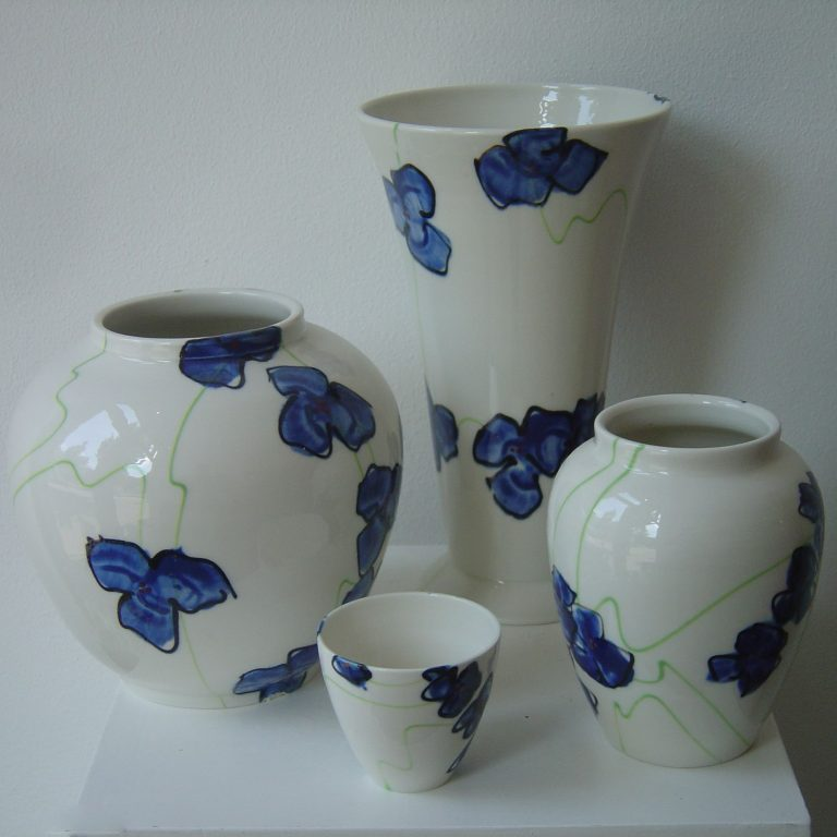 Basalt servies porselein vaas mok Blauwe bloem