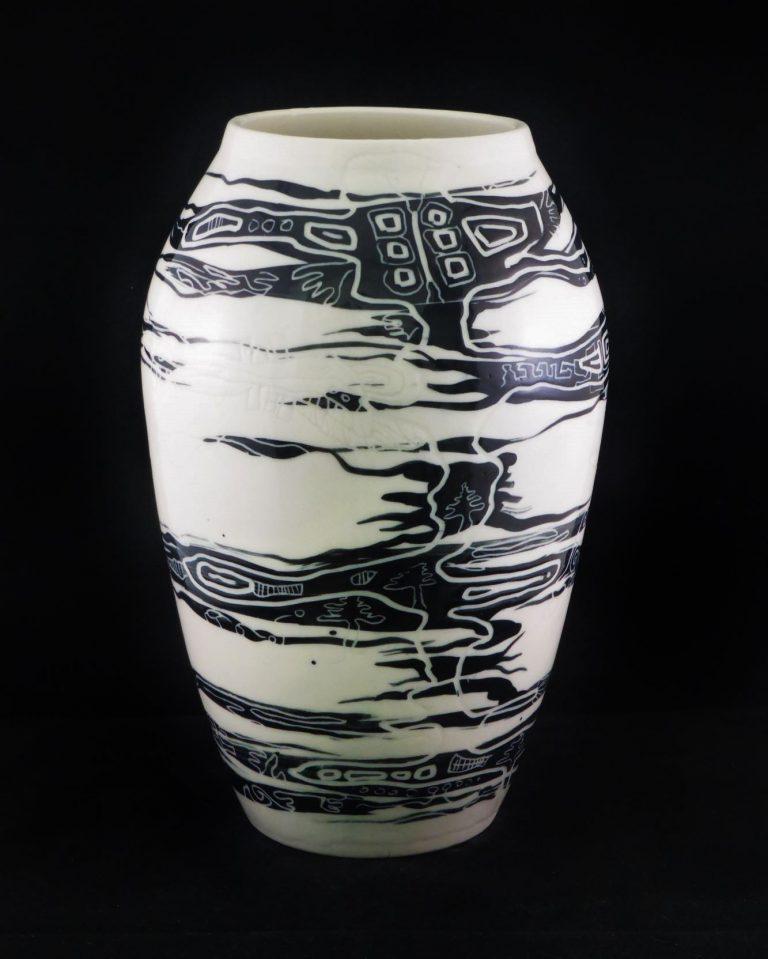 Basalt vazen en schalen porselein Zwart-wit en Nymphenburg