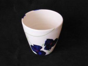 Basalt servies porselein mokje Blauwe bloem